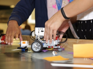 Roving robotics challenges students with coding
