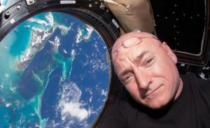 scott-kelly1-630x385