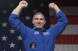 Astronaut Friday: Mike Hopkins