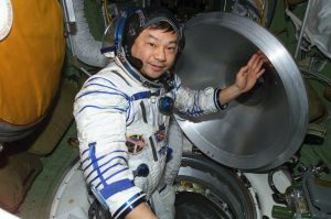 10 fast facts about astronaut Leroy Chiao