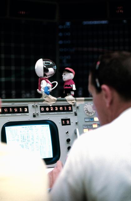 Charlie Brown and Snoopy in Mission Control for Apollo 10 mission