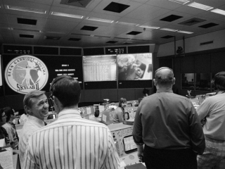 Mission Control Center (MCC) View - Skylab (SL)-3 Recovery