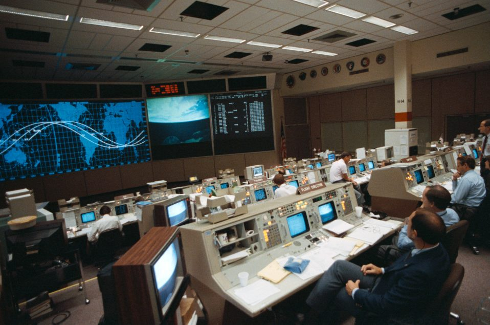 STS-26 Mission Control Center (MCC) activity at JSC