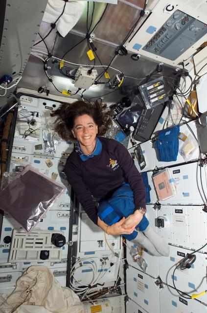 Barbara Morgan in space with STS-118