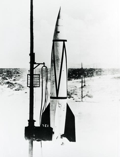 V-2 missile launch at White Sands Missile Range.