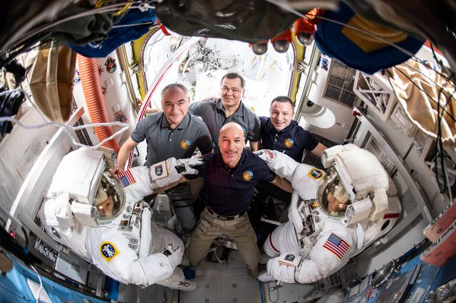 Meir and Kcoch priot to participating in the first all-woman spacewalk